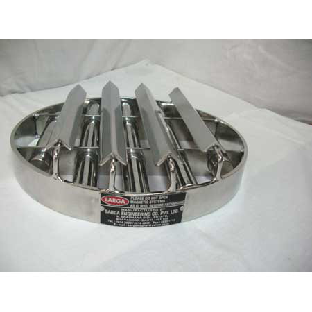 Sarga Roll Type Grill Single Layer with Angle Divertor